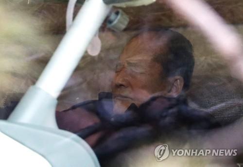 검찰, MB 일가 전방위 압박…이동형 오늘 소환·이상득 불응