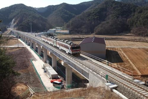 동해선 포항∼영덕 철도 26일 개통…KTX 포항역 연계·환승
