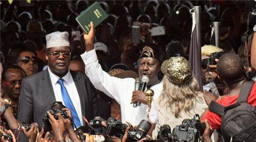 케냐 야권지도자, 비공식 '국민 대통령' 취임식…대역죄?