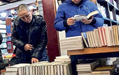 류샤오보 아내 류샤 '자유' 찾았나…베이징 서점에 나타나