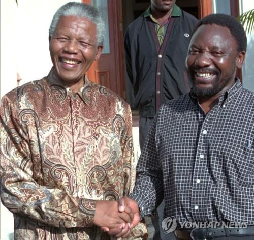 남아공 새 대통령 라마포사, 만델라와 인연 '눈길'