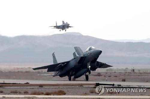 긴장의 가자지구…이스라엘 전투기 또 하마스 공습