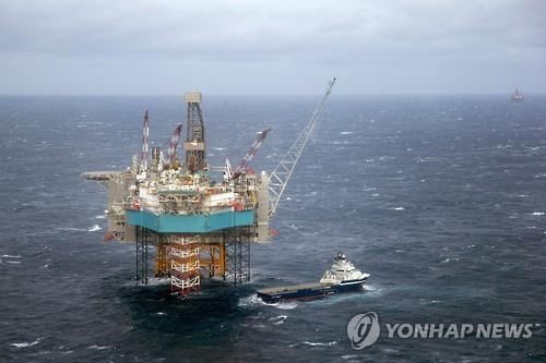"""BP """"전기차·차량공유 급증에 석유 수요 2030년대 정점 찍을것"""""""