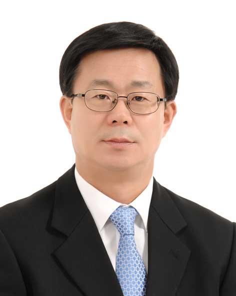 [동정] 한국지방자치학회 차기 회장에 정정화 강원대 교수
