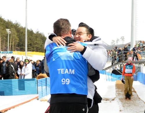 [패럴림픽] 모두가 말렸던 장애인팀 창단…배동현 단장이 금메달 만들었다