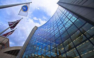 미 증권거래위, 불법금융 제보자 3명에 보상금 891억원 지급
