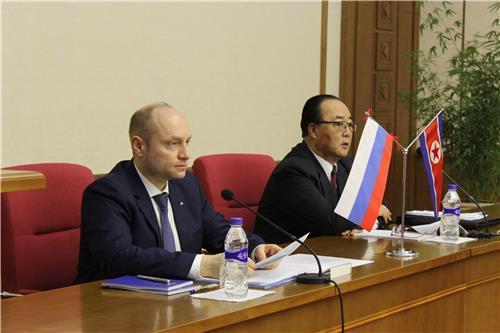 북-러, 경제협력위 의정서 조인…양국 경제협력 방안 논의(종합)