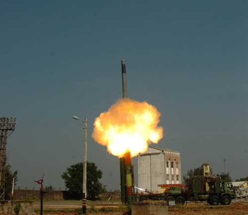 인도, '현존 최고' 초음속 순항미사일 발사시험에 또 성공