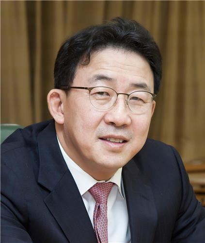 안동현 자본시장연구원장 사의…서울대 교수직 복귀