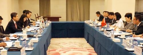 """한중 경제공동위 """"긴밀한 협력"""" 강조…협력 사안 심도 논의"""