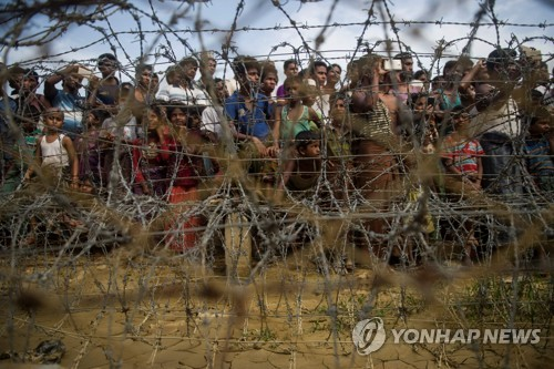 EU, 미얀마 제재 연장 추진…'인종청소' 책임자 추가제재도