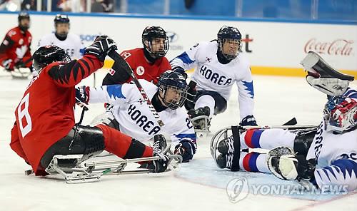 (AMPLIACIÓN)- Corea del Sur es derrotada por Canadá por 7-0 en las semifinales de 'hockey' de PyeongChang