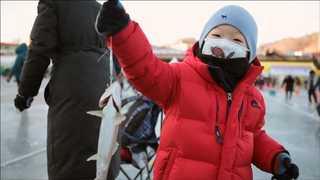 최강 추위에 전국이 '꽁꽁'…축제장은 즐거운 비명
