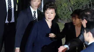 박 전 대통령 구속영장 마라톤 심사…내일 새벽 운명 갈린다