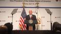 Pence: EE. UU. revisará el TLC con Corea del Sur
