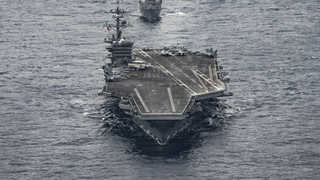 미 항모 칼빈슨호 한반도 해상 진입…북한 도발 경고