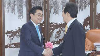 청와대 정무수석 국회 방문…총리인준 대야 설득 총력