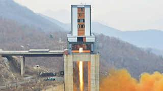 """미 관리 """"북한, 로켓 엔진 발사 시험"""""""