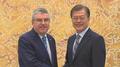 Moon renueva su deseo de que Corea del Norte participe en los JJ. OO. de PyeongC..