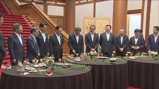 '칵테일 타임'으로 이틀째 기업인과 대화…삼성ㆍSKㆍ롯데 등 대표 참석