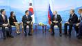 Moon dice que desea trabajar con Rusia para suspender las provocaciones norcorea..
