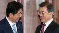 Moon y Abe acuerdan impulsar nuevas sanciones del CSNU sobre Corea del Norte, in..