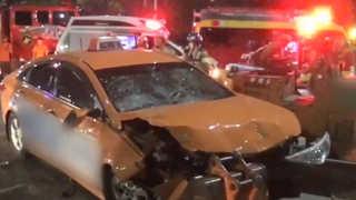 올림픽대로서 '졸음운전' 택시 인부 덮쳐…2명 사망