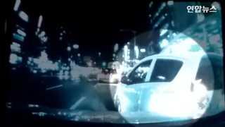 [현장영상] 고가 외제 휠 달고 출퇴근시간에 '쾅'…억대 보험금 타내