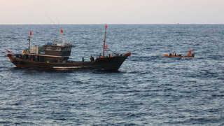해경, 불법 중국어선에 공용화기 사용…개정법 시행