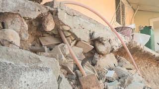 지진 복구 진척 보인다지만…변두리 노인 거주지 소외
