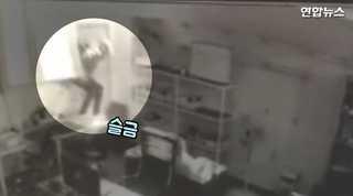 """[현장영상] """"입대 전 유흥비 쓰려고""""…유리창 깨고 휴대전화 160대 훔.."""