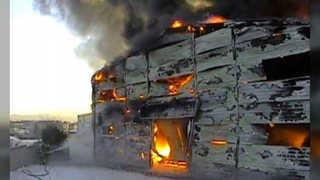포천 소파공장에서 큰불…건물 10개동 불타