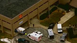 """미국 고교 또 총격…""""2명 사망·최소 17명 부상"""""""