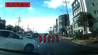 [블랙박스] 2개 차선을 한 번에…피할 수 없었던 교통사고