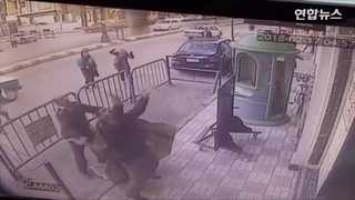 [현장영상] 건물 3층서 떨어지는 아이 몸으로 받아낸 이집트 경찰관