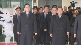 [현장연결] 김영철 등 北고위급대표단 남북출입사무소 도착