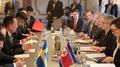 Les chefs des diplomaties nord-coréenne et suédoise concluent leurs discussions ..