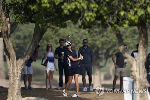 유럽여자골프대회 도중 캐디 사망…경기 중단