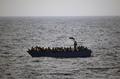 터키 해안서 난민 보트 침몰 11명 사망