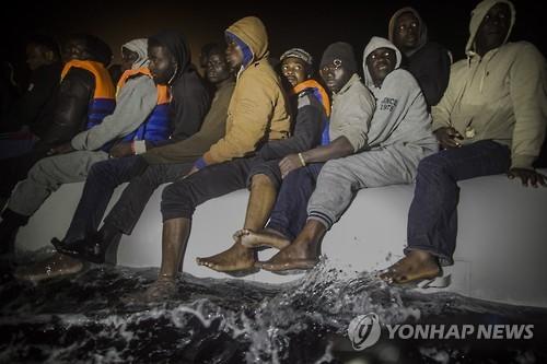 올들어 지중해 익사 난민 1천89명…리비아-伊 루트서 가장 많아