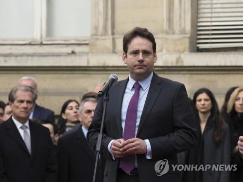 프랑스 신임 내무장관에 30대 '젊은 피'…대선 총괄관리