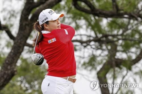 박인비, LPGA 텍사스 슛아웃 2R 선두권 도약(종합)