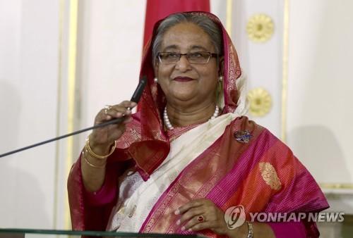 """방글라 총리 """"트럼프, 로힝야 난민문제에 눈감아"""" 비판"""