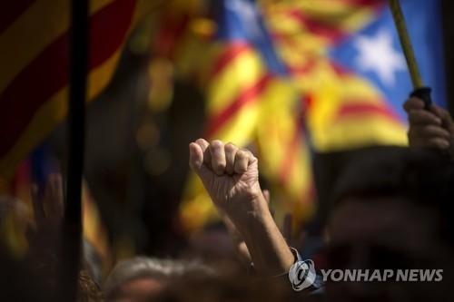 스페인, 카탈루냐 압박 강도 높여…사이트폐쇄·홍보물 압수