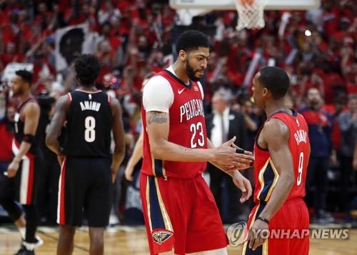 NBA 뉴올리언스, PO 2회전 진출…포틀랜드에 4연승(종합)