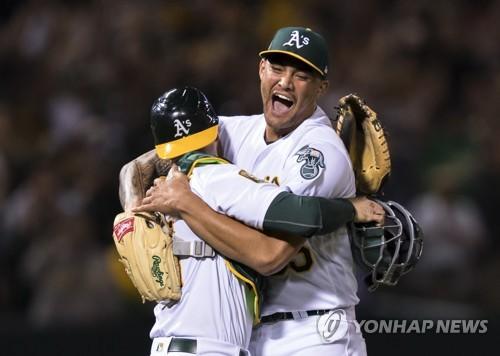 션 머나야, 2018 MLB 첫 노히터…오클랜드 역대 12번째