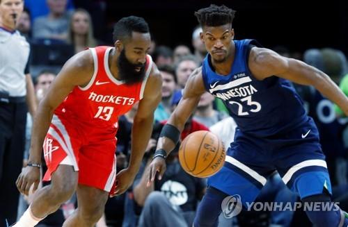 NBA 휴스턴 3쿼터만 50점…플레이오프 2R 진출 1승 남았다(종합)