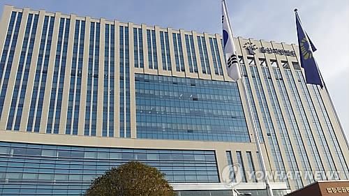 """""""내 회사 투자해"""" 외국 살며 폰팅… 3억 뜯은 가짜사장"""