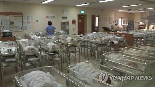 일본, 신생아 작아지고 있다… 남·여아 모두 '3kg 이하'
