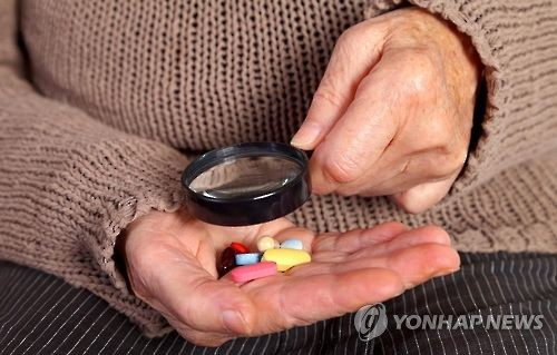 """""""노인에 약물의존성 큰 신경안정제 과다처방…대책 시급"""""""